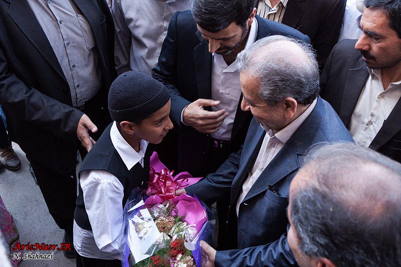 http://www.arisnasr.ir/wp-content/gallery/agha-ali-abbas-ostandar-93/agha-ali-abbas-ostandar-93_011.jpg