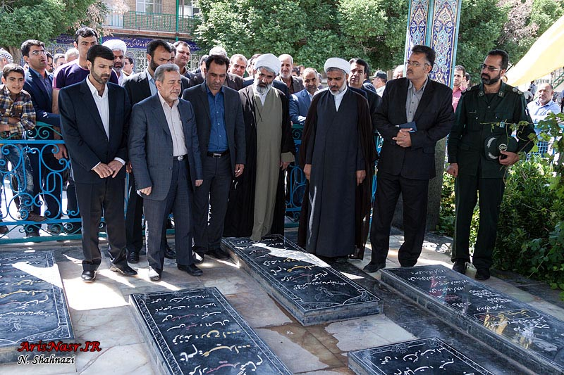 http://www.arisnasr.ir/wp-content/gallery/agha-ali-abbas-ostandar-93/agha-ali-abbas-ostandar-93_029.jpg